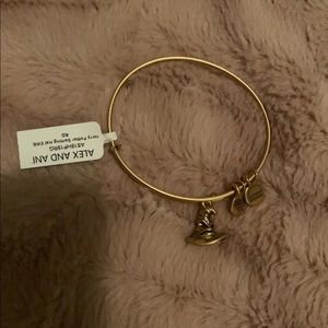 NWT Harry Potter Sorting Hat Bangle